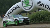 Rally Bohemia zahájila gladiátorskou show na Autodromu Sosnová - anotační obrázek