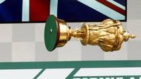 Trofej Lewisa Hamiltona za vítězství v domácím závodě v Silverstone