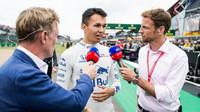 Jenson Button se dohodl s Williamsem. Jedná se o dlouhodobý kontrakt - anotační foto