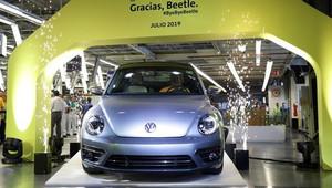 ÚPLNĚ POSLEDNÍ Volkswagen Beetle byl vyroben! Česká inspirace v Německu zabodovala - anotační obrázek
