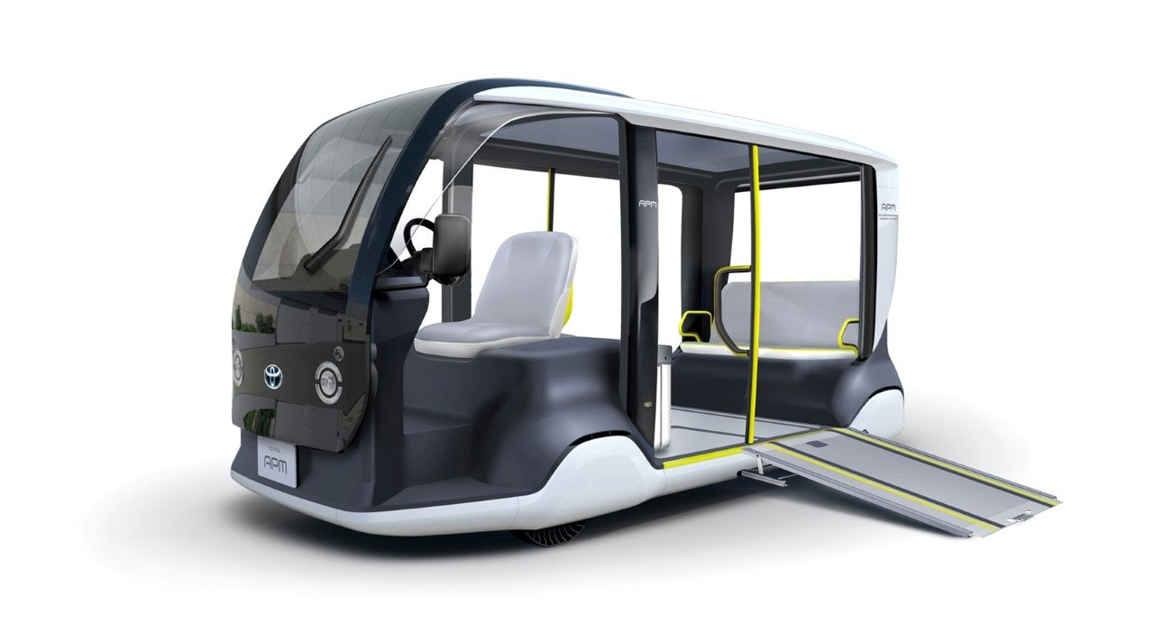 Pro nejlepší sportovce planety větší golfový vozík. Toyota ukázala přepravník APM - anotační obrázek