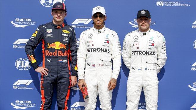Kdo z této trojky bude mít v roce 2020 na sobě overal Mercedesu?