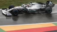 Lewis Hamilton v závodě v Německu