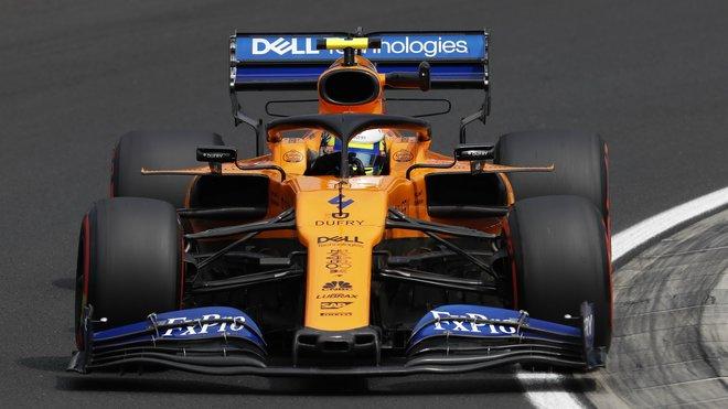 Lando Norris s McLarenem MCL34 nastaveným pro vysoký přítlak v Maďarsku