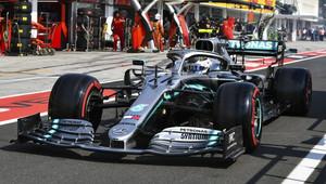 Rozdílná nálada u Mercedesu: Hamilton spokojen, Bottas nerozumí svému autu - anotační obrázek