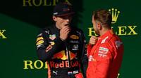 Max Verstappen a Sebastian Vettel po závodě v Maďarsku