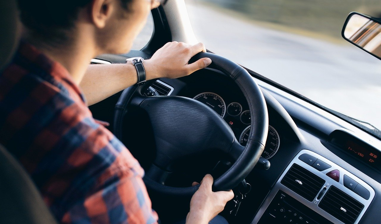 Každý pátý český řidič za volantem usnul