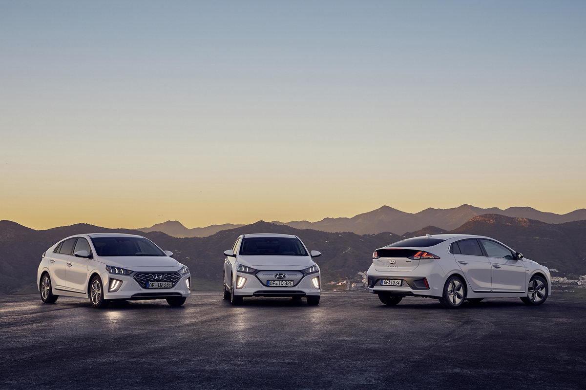 Nový Hyundai IONIQ obhájil pět hvězdiček vnárazových testech ...