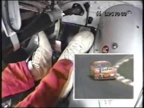 Piloti vozů NASCAR jsou mistři nejen volantu, ale i pedálů - anotační obrázek