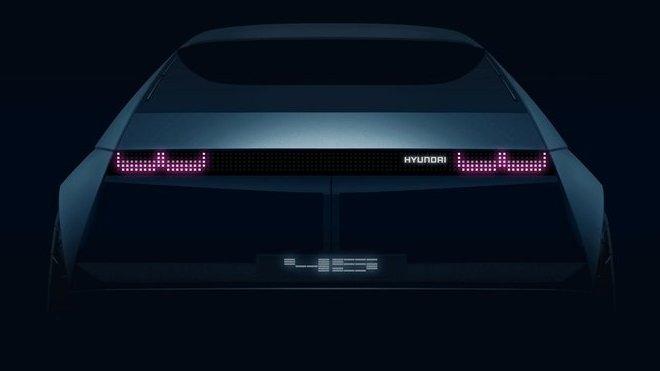 Hyundai představí koncept elektromobilu 45