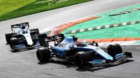 Robert Kubica a George Russell v závodě v Itálii na Monze