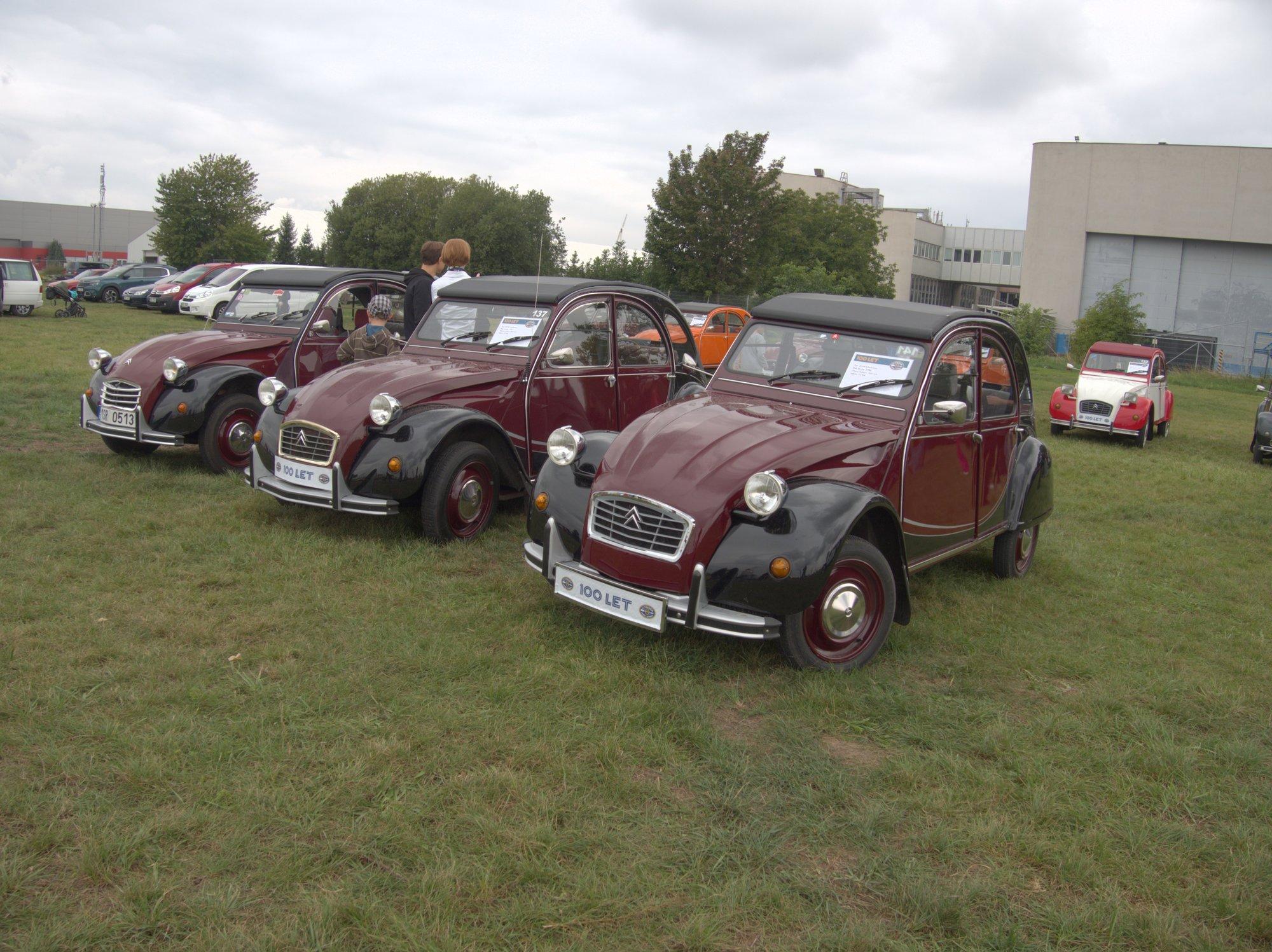 Citroënv 2CV