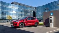 Nová Kuga, nejvíce elektrifikovaný model v historii Fordu přichází na český trh za 600 tisíc - anotační foto