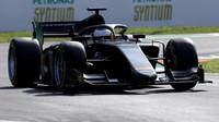 """Jean Alesi během propagační jízdy 18"""" pneumatikami na Monze"""
