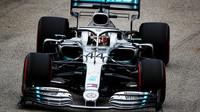 Lewis Hamilton v tréninku v Singapuru