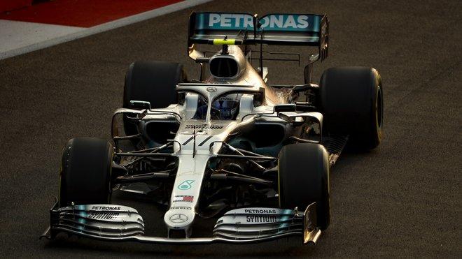 Valtteri Bottas v Singapuru moc důvodů k radosti neměl