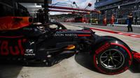 Max Verstappen v kvalifikaci v Soči