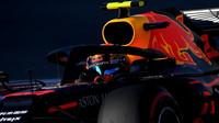 Alexander Albon u Red Bullu zatím podává výborné výkony