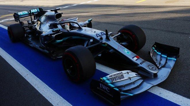 Lewis Hamilton v závodě v Soči
