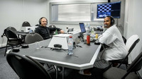 Valtteri Bottas s Lewisem Hamiltonem po Velké ceně Ruska 2019