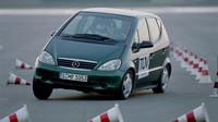 Mercedes-Benz třídy A se proslavil selháním v losím testu - řešením bylo ESP v základní výbavě