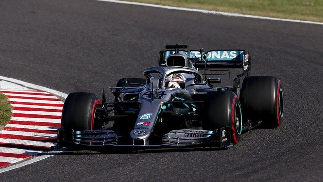 Lewis Hamilton s Mercedesem W10