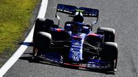 Pierre Gasly v závodě v Japonsku