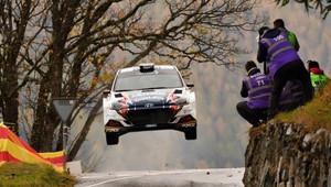 Česká posádka Ondřej Bisaha a Petr Těšínský mistry European Rally Trophy - anotační obrázek