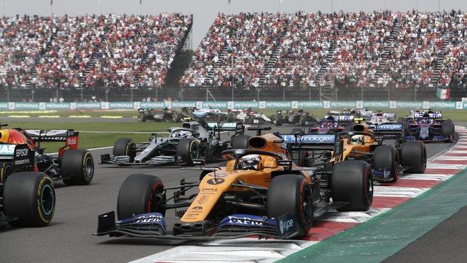 Kdy se dočkáme startu závodu před plnými tribunami?