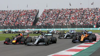F1 upravuje kalendář: Austrálii odsouvá na listopad, přidává Imolu, Čína zřejmě vypadne - anotační obrázek