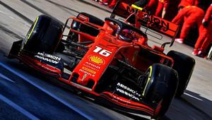 Leclerca v Brazílii čeká penalizace. Dostane vývojovou verzi výkonnějšího motoru pro rok 2020? - anotační obrázek