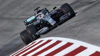 Lewis Hamilton sice v Austinu nevyhrál, ale dočkal se šestého titulu