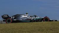 Valtteri Bottas závod v Brazílii kvůli poruchy motoru nedokončil