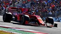 Sebastian Vettel v závodě v americkém Austinu