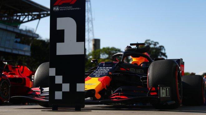 Max Verstappen může v zítřejším závodě získat třetí triumf v sezóně