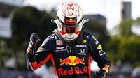 Max Verstappen zakončil brazilský víkend vítězstvím