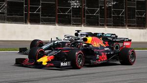 Brazilská dominance Red Bullu s motorem nesouvisela, Ferrari dělá pokroky v zatáčkách - anotační obrázek