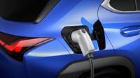 Lexus představil první bateriový elektromobil UX 300e