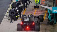 Valtteri Bottas v závodě v Abú Zabí