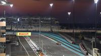 Leclerc v kvalifikaci v Abú Zabí