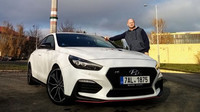 Test: Hyundai i30 N Performance fastback, Dr. Jekyll a pan Hyde - anotační foto