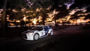 Valtteri Bottas při úspěšném rallyovém pokusu ve Francii