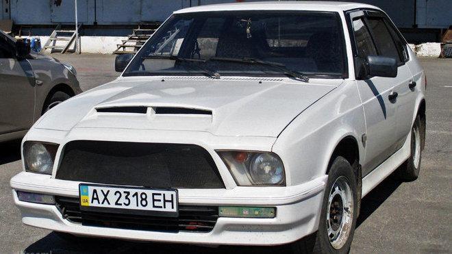 Moskvič 2141 Aleko jako Ford Mustang
