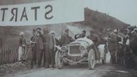 Bosenská jízda hraběte Kolowrata v roce 1908 patří k neslavnějším okamžikům škodovácké historie.