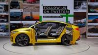 ŠKODA VISION iV je vizí čistě elektrického čtyřdveřového crossover-kupé, prvního vozu značky postaveného na modulární platformě pro elektromobily (MEB) koncernu Volkswagen. Sériový vůz vycházející z této studie se začne vyrábět v roce 2020 a je na co se těšit!