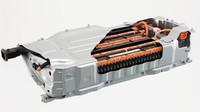 Nový typ trakční baterie hybridního ústrojí využívá lithium-iontovou technologii, výsledkem je nižší hmotnost a rozměry, vyšší kapacita.
