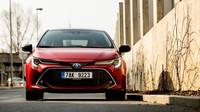 Nová řada Toyoty Corolla si získala přízeň u soukromých osob jako ideální rodinné vozidlo.