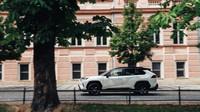 Toyota RAV4 je univerzální, velmi elegantní a líbivé SUV.