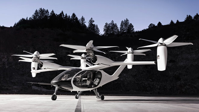 Toyota chce řešit ucpaná města elektrickými letadly podobnými dronům
