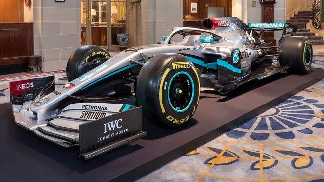 Nové zbarvení Mercedesu pro sezónu 2020